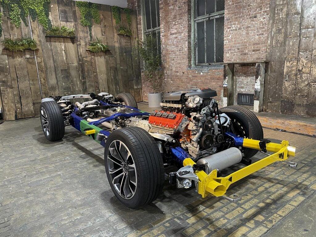 Jeep Wagoneer - tear-down Chassis