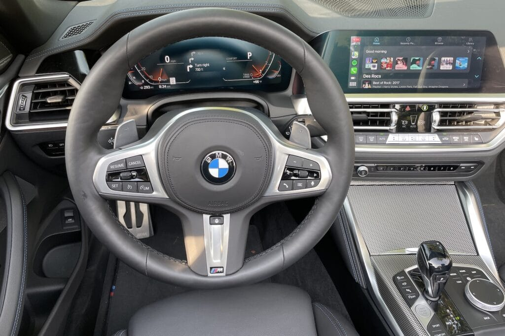 2021 BMW 430i Convertible cockpit