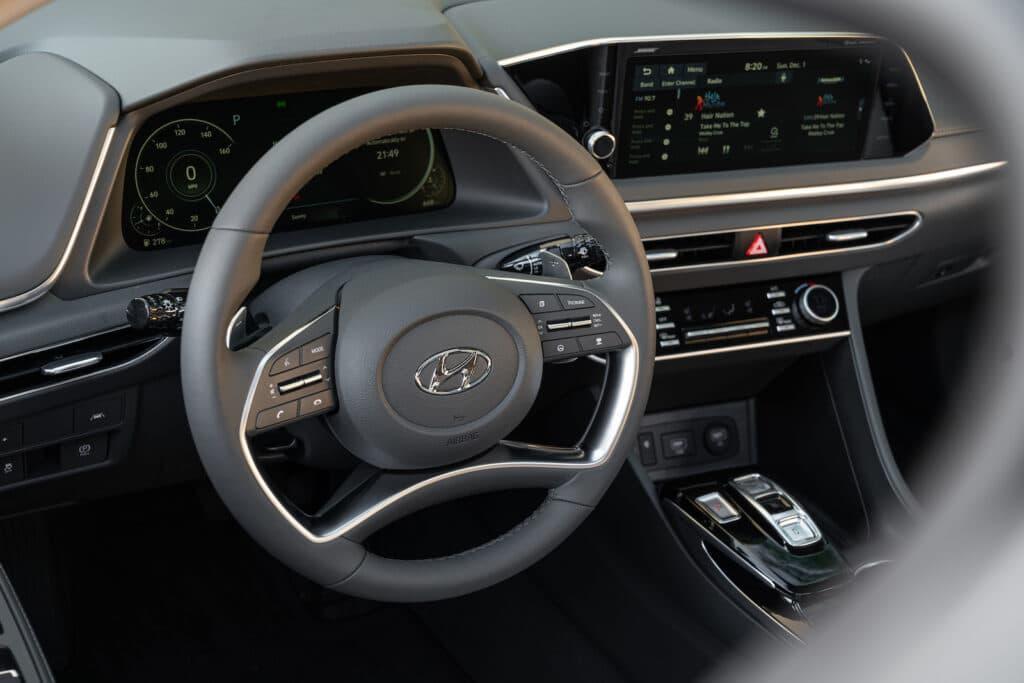 2021 Hyundai Sonata cockpit