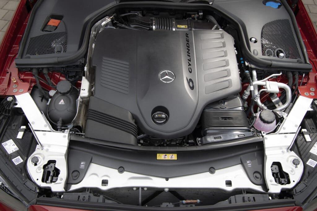 2021 Mercedes E450 cabrio engine