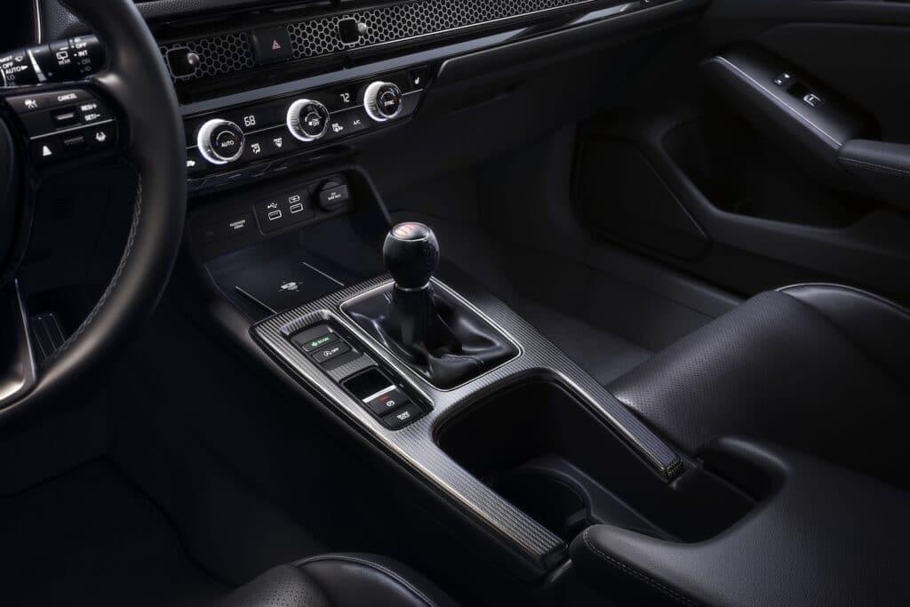 2022 Honda Civic Hatchback 6-speed shifter