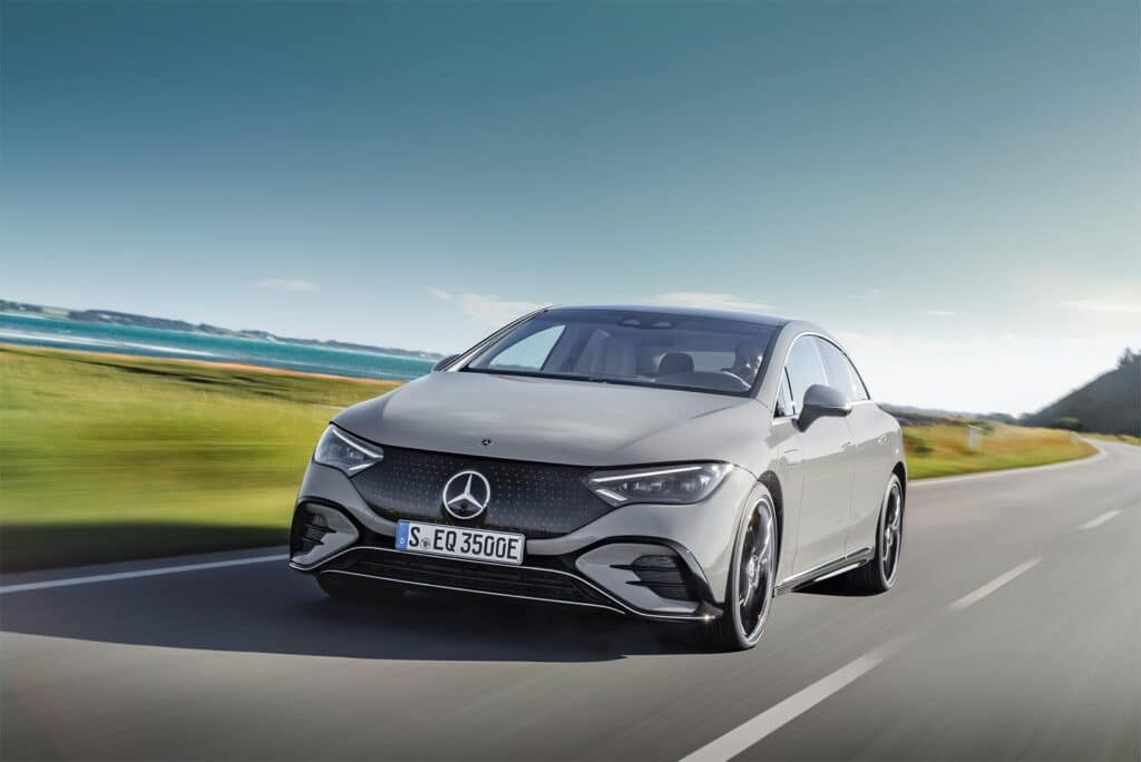 2023 Mercedes EQE 350 - front driving