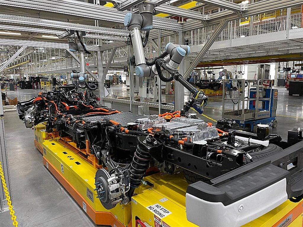 Ford F-150 Lightning - cobots