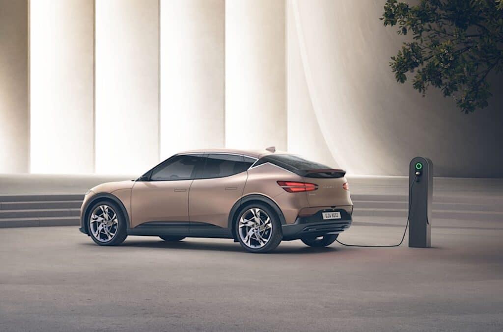 Genesis GV60 gold rear charging