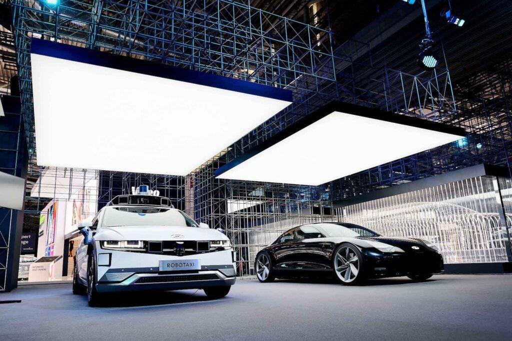 Hyundai robotaxi Ioniq 5 and Ioniq 6