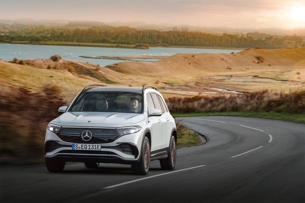 Mercedes EQB - driving front