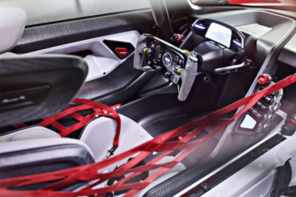 Porsche Mission R - interior