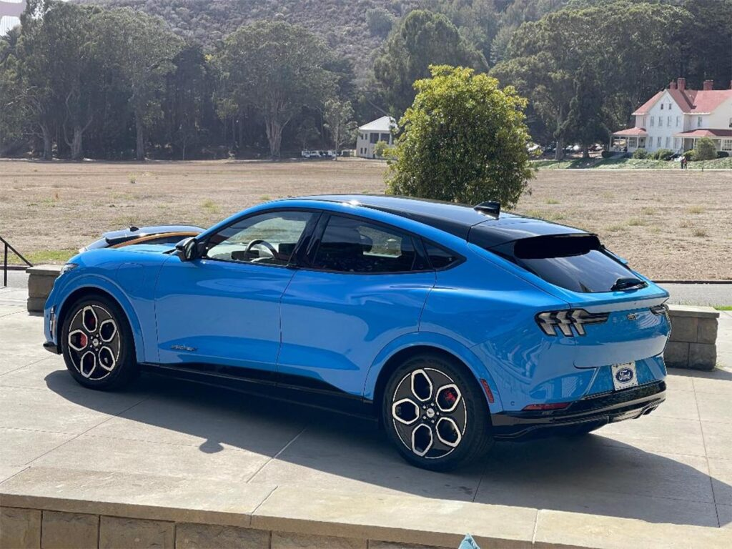 2022 Ford Mustang Mach-E GT - rear 3-4 parked